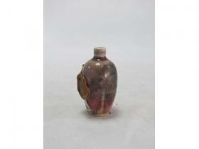 红釉龙纹烟瓶